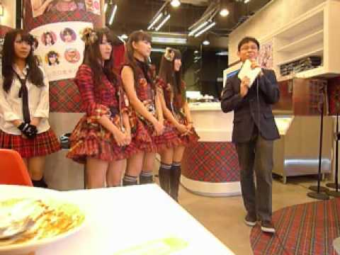 AKB48 Singapore cafe event - Short Interview Clip