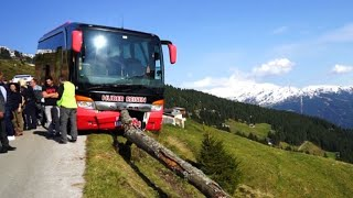 Tourist wird zum Held bei Reisebusunfall in Österreich