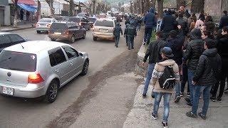#Մերժիր Սերժին# ակցիայի մասնակիցները Վանաձորում 6 ժամ շարունակ ակտիվ ցույց են իրականացրել: