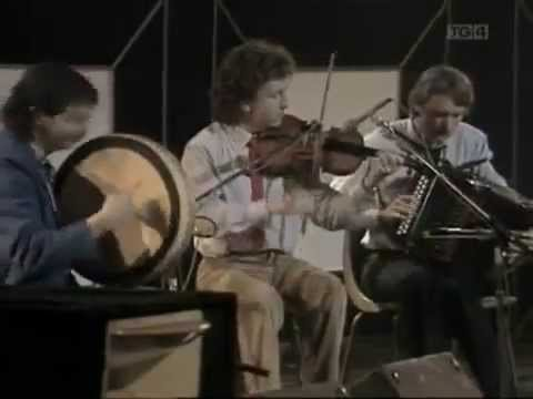 de danann - PJ conlon's, pádraig o'keefe's, head of cabbage & boys of malin halloween 1985 national