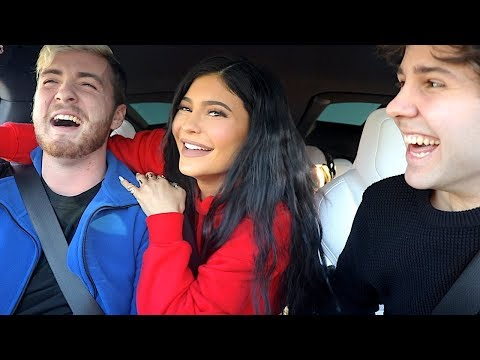 SURPRISING PEOPLE WITH KYLIE JENNER!!