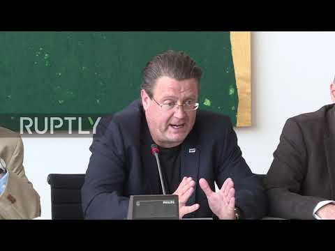 Germany: 'Above the law' - AfD set to sue Merkel over refugee policy