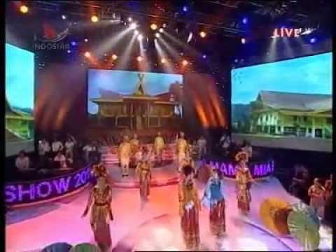Inka Mamamia & Putri Mamamia - Laksmana Raja Di Laut ( Zapin ) On Mamamia Show 2010 Top 4