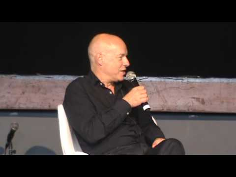 Brian Eno talks about generative music and copyright