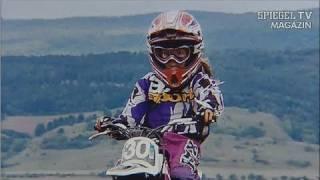 Motocross mit Michelle - Tollkühnes Mädchen mit fliegender Kiste - SPIEGEL TV Magazin