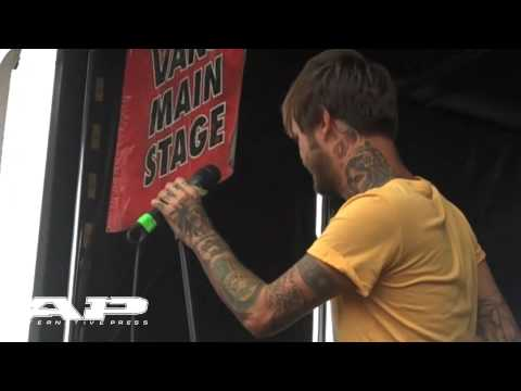 "AP@Warped09: Chiodos - The Undertaker's Thirst For Revenge Is Unquenchable"" (live in Toronto)"