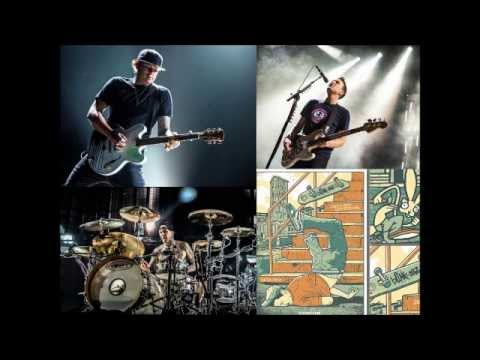 Blink 182 - Piazza Napoleone, Lucca, Italy (Full Concert) [Audio]
