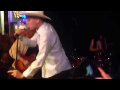 Ty Rex - Gonerfest 12 - Bang a Gong/Break on Through (with Chris Shaw)