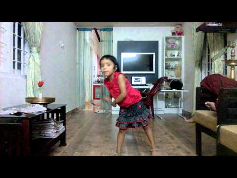 Ninuvava dance with johny mone johny