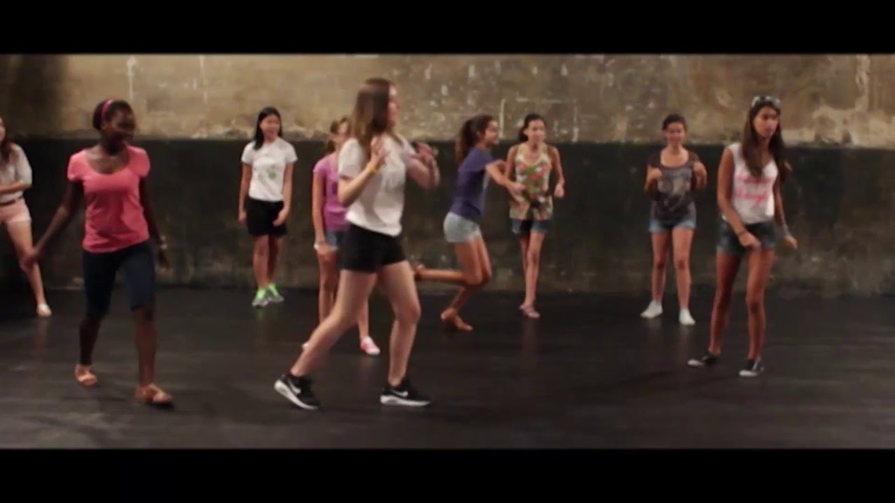 Escuela Juvenil - Escuela Cuarta Pared - YouTube