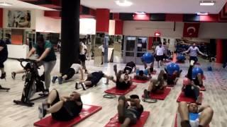 Zayıflama hareketleri ve zinde tutan hareketler... spor eğitimi