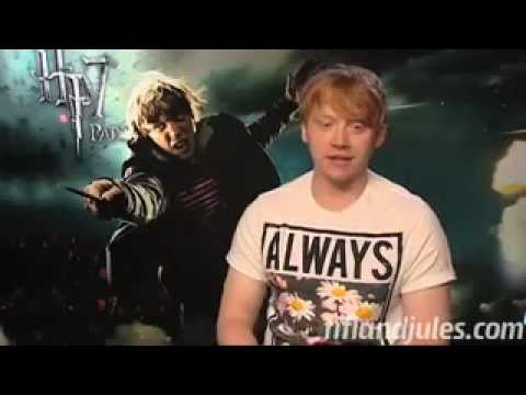 Emma Watson And Rupert Grint Rate Each Other's Kissing Skills!!