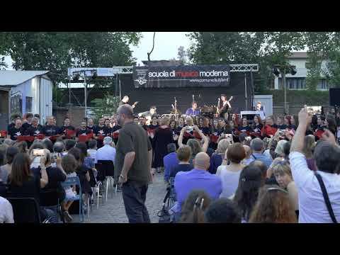 "INTRO ""BOHEMIAN RHAPSODY"" Queen + HALLELUJAH Cohen - AMF Choir"