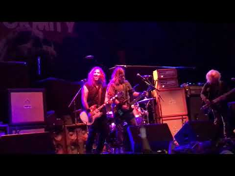 Corrosion of conformity live in st Pete