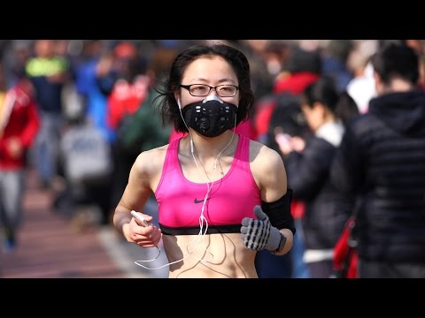 Crazy Number of Injuries in Chinese Marathon | China Uncensored