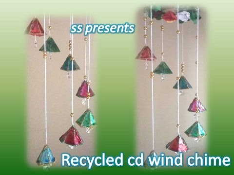 Room decor ideas with cd recycled cd crafts cd hanging for Room decoration from waste material