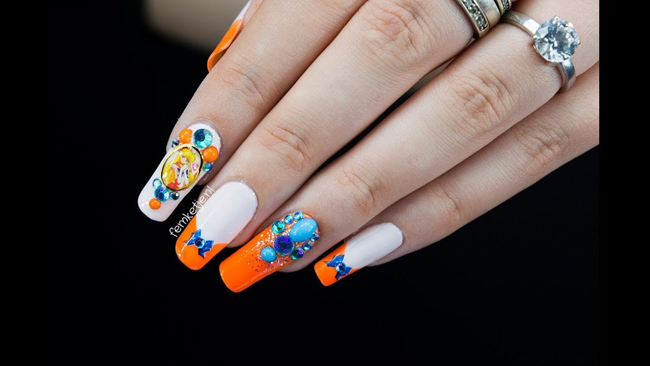 Sailor Venus Inspired Nailart Moon Nail Series Femketjenl