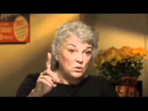 Tyne Daly discusses the Cagney and Lacey movie- EMMYTVLEGENDS.ORG