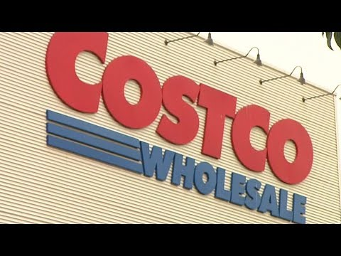 Shelley Wade - Long Beach Woman Obsessed With Costco Gets Epic Costco-Themed Birthday Cake