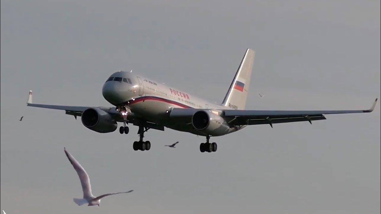 Ту-204-300 - Самый короткий самолет из семейства Ту-204/214 / Аэропорт Внуково 2020