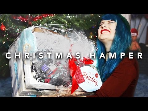 CHRISTMAS HAMPER GOODIES UNBOXING #SNS | VLOGMAS 22