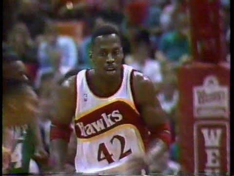Kevin Willis (30pts/22rebs) vs. Celtics (1991)