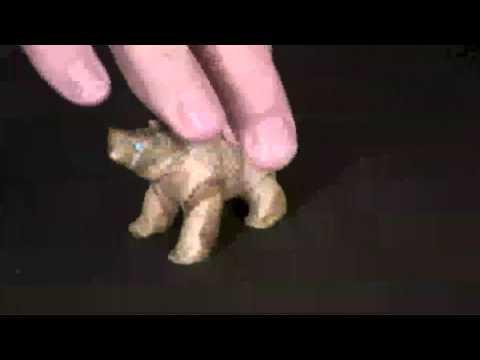 Zuni Picasso Marble Bear Fetish   Karen Zunie #09