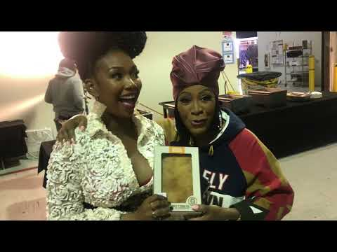 Patti LaBelle Gifts Brandy Norwood a #PattiePie on Set of STAR on FOX