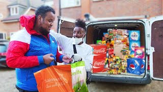 SURPRISING STRANGERS BY PAYING FOR THEIR GROCERIES!