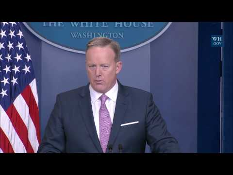1/23/17: White House Press Briefing