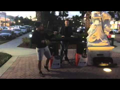 Music on St Armands Circle