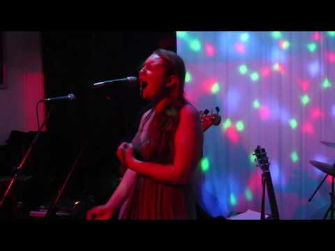 Teri & Her Electric Blues Parade Band @ Number 39 Bar Darwen 29th December 2016
