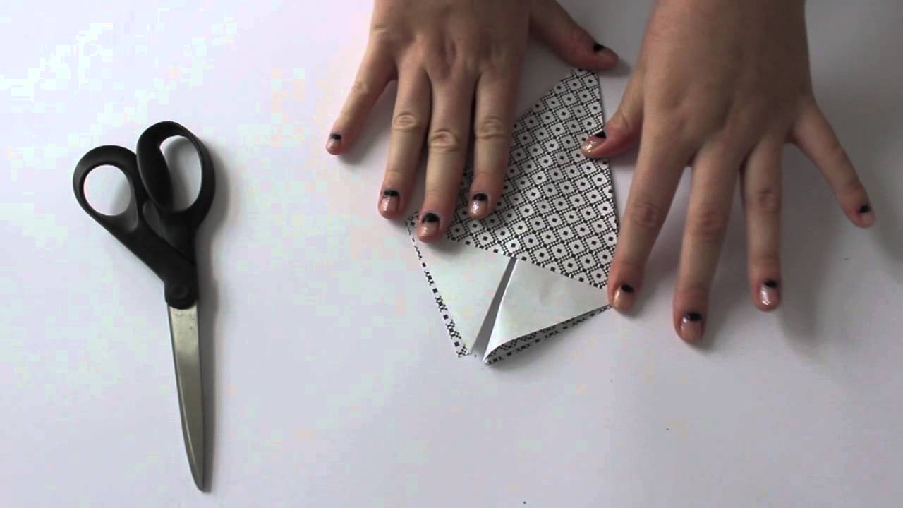 JUL DIY - origami juletræ