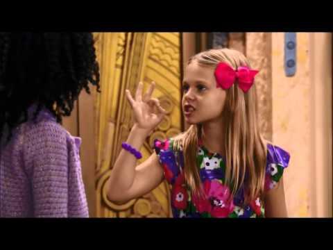 """""""Jessie"""" episode """"Snack Attack"""""""