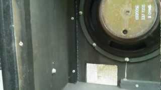 Ampeg V2 Speaker Cabinet