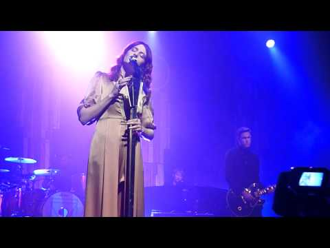 Florence and The Machine - Never let me go at Hackney Empire