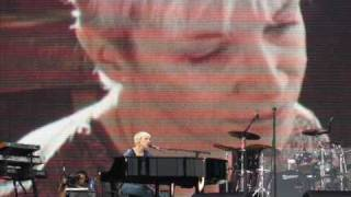 Watch Annie Lennox Lost video