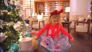 Cadouri de la Mos Craciun | Morning Christmas | Video pentru copii