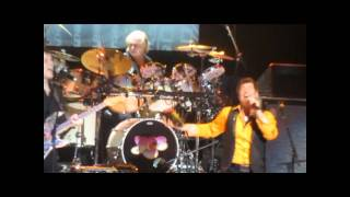 "Yes live in L.A. - ""Owner of a Lonely Heart"" with guest appearance by Trevor Rabin"
