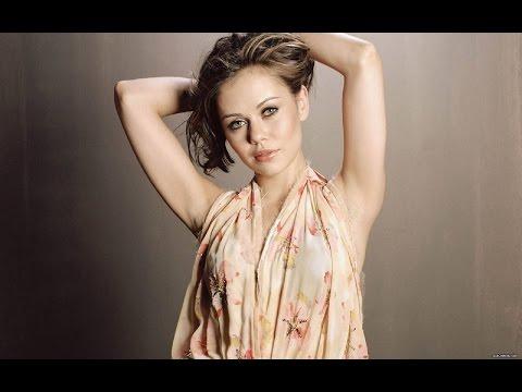 Sexy Alexis Dziena