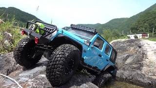 Traxxas TRX-4 | Jeep Wrangler Rubicon JK | Slow Motion | Crawling At The Rock  #2/2