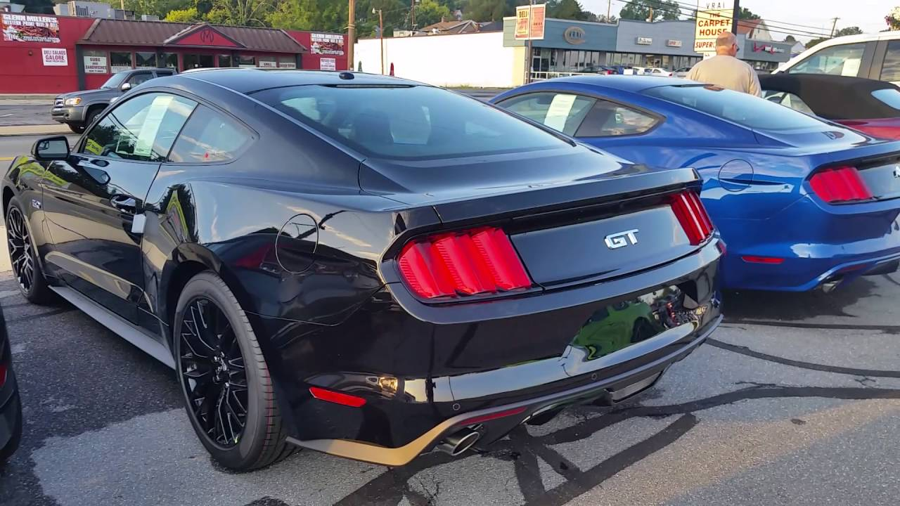 performance package ford mustang gt triple black 2017 youtube. Black Bedroom Furniture Sets. Home Design Ideas