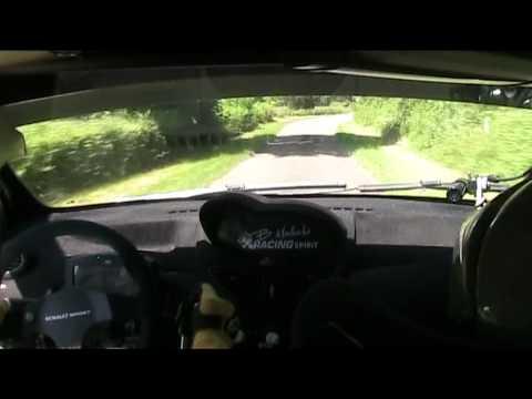 Renault Twingo R2 Evo, Rallye des Vins de Macon- L. Seminara / Jl Hottelet , ES 9