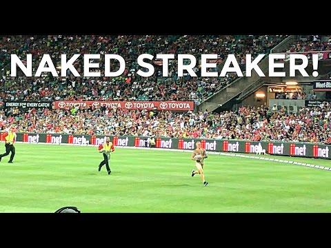 STREAKERS AT SYDNEY CRICKET GROUND | Australia