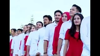 Video Terbang tinggi.. Seperti Elang! download MP3, 3GP, MP4, WEBM, AVI, FLV Januari 2018