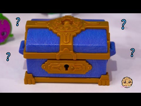 What Is In The Treasure Chest ? LOL Surprise & Playmobil Advent Adventure Part 10