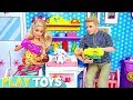 Barbie Girl, Ken, Twin Baby Dolls Family Morning Routine in Dollhouse.