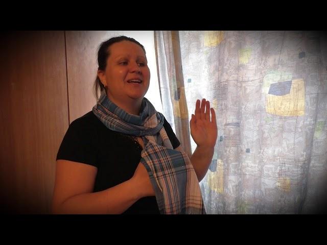 Изображение предпросмотра прочтения – НатальяПолухова читает произведение «Как показать весну» Ю.Д.Левитанского