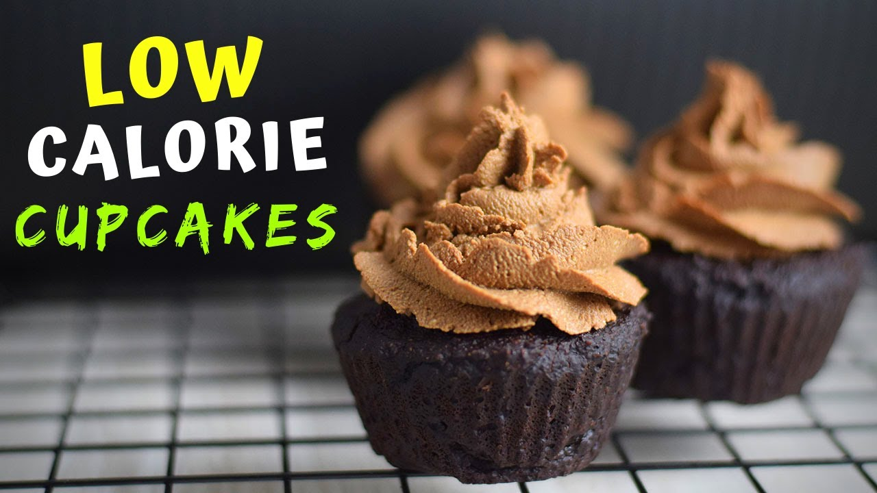 Healthy Chocolate Cupcakes (low-calorie!)