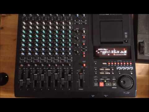 Yamaha MD8 Minidisc Multitrack Recorder